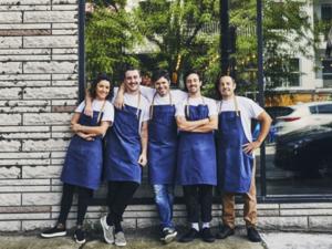 L'équipe du restaurant ARVI : Marie-Laurence Gagnon, Cedrick Michaud, Julien Masia, Guillaume Ethier et Guillaume Bombardier